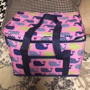 Adorable cooler bag! 💙💗💙